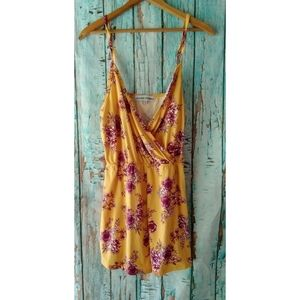 Nwt [Almost Famous] Floral Juniors Romper